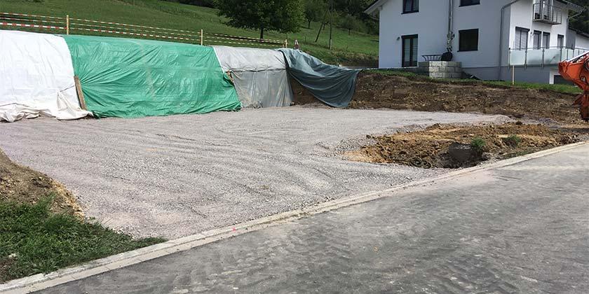 Aushub Hang Bauplatz | Wurst Tief- & Pflasterbau